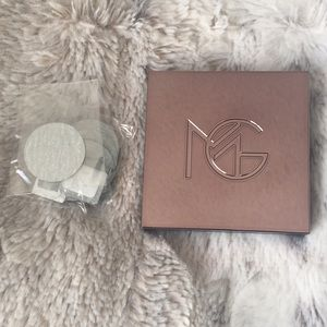 NWT Makeup Geek Mini Compact and Magnets